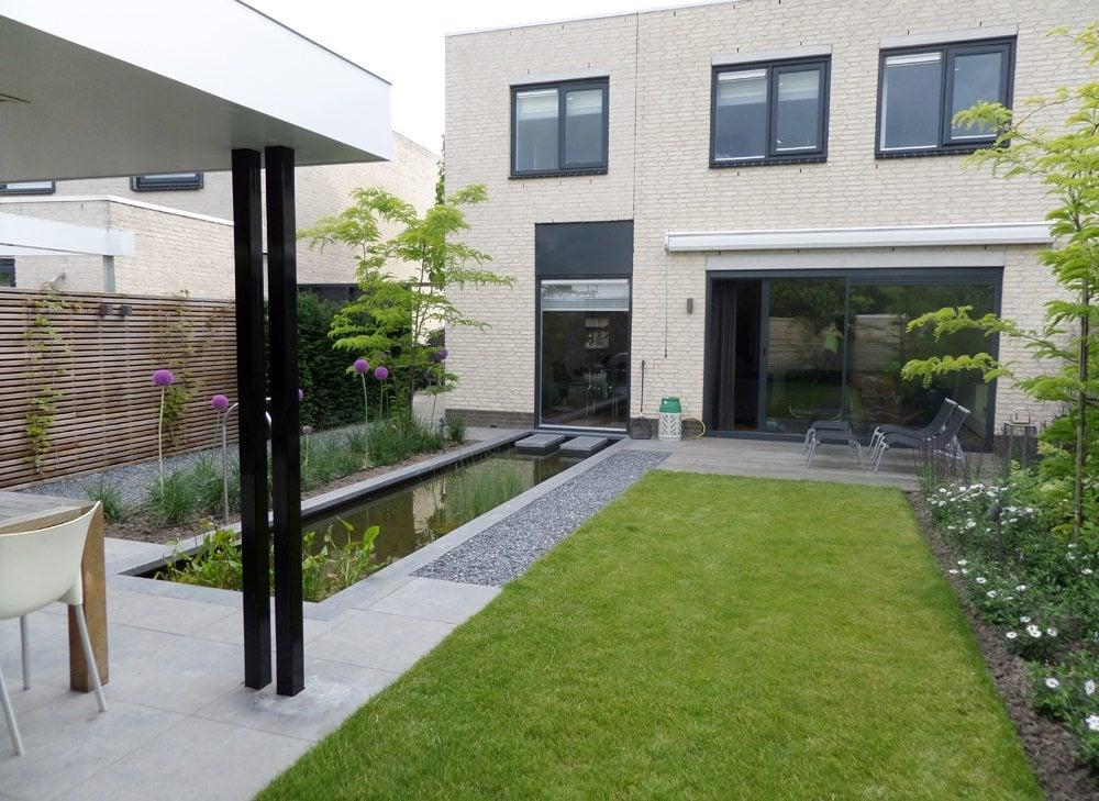 Tuin idee nodig voor tuinontwerp aanleg en onderhoud for Voortuin strak modern